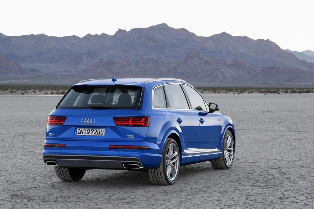 2016 Audi Q7 7 2016 Audi Q7 features and details