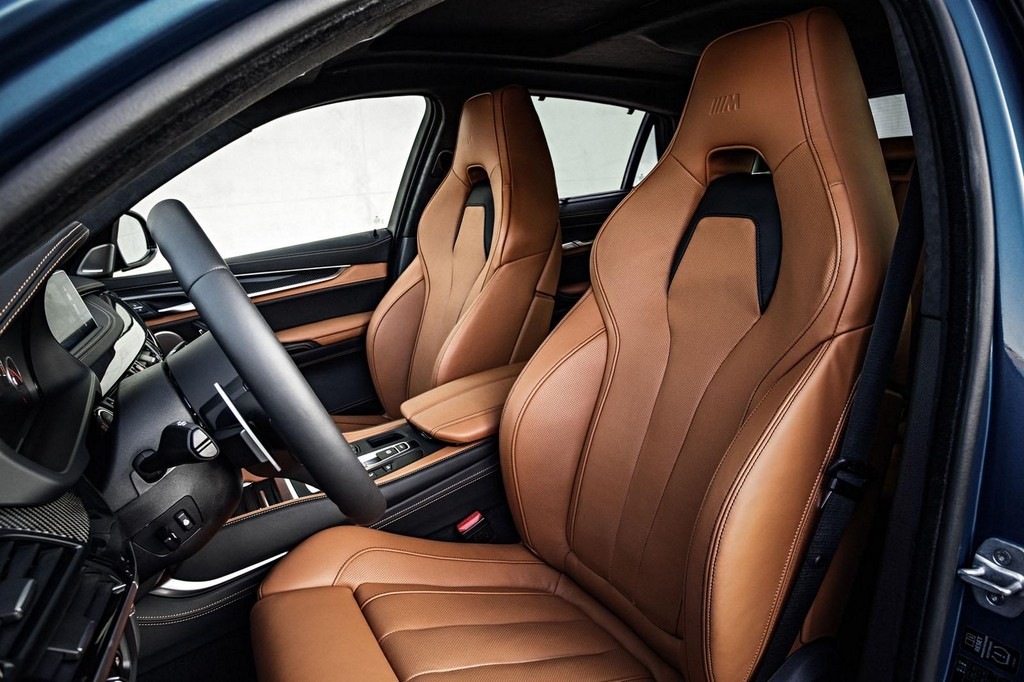 2016 BMW X6 M Interior 2 2016 BMW X6 M Features and details