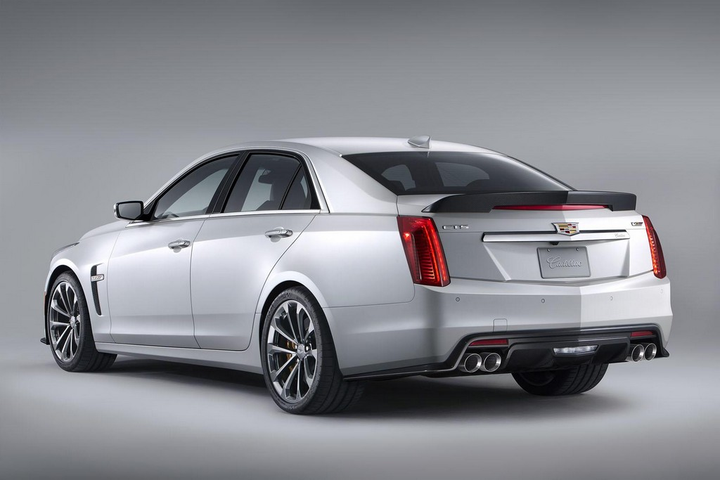 2016 Cadillac CTS V 3 2016 Cadillac CTS V features and photos
