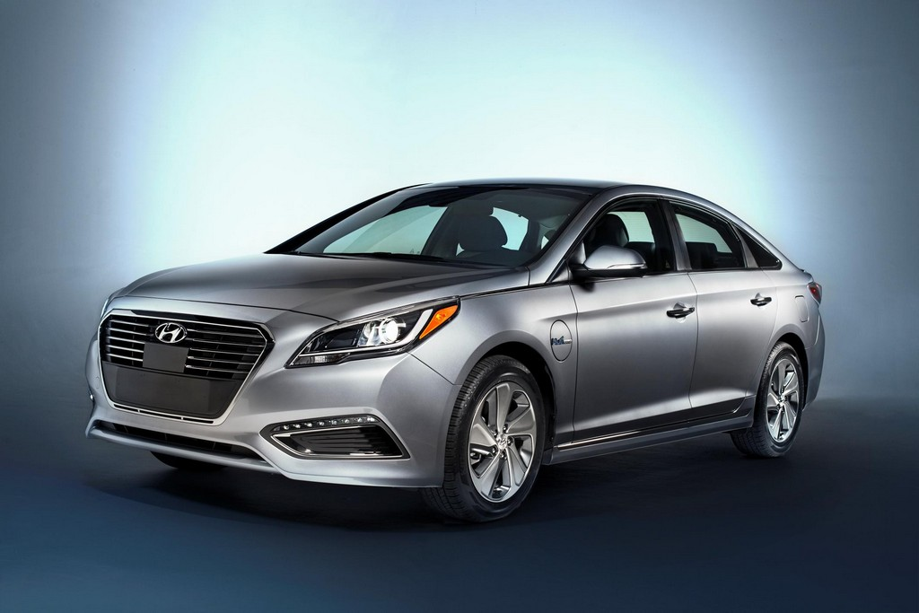 2016 Hyundai Sonata Plug in Hybrid 1 2016 Hyundai Sonata Plug in Hybrid features and photos
