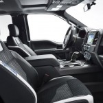 2017 Ford F-150 Raptor Interior (3)