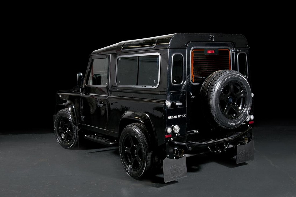 Land Rover Defender Ultimate RS by Urban Truck 4 Urban Truck Land Rover Defender Ultimate RS: