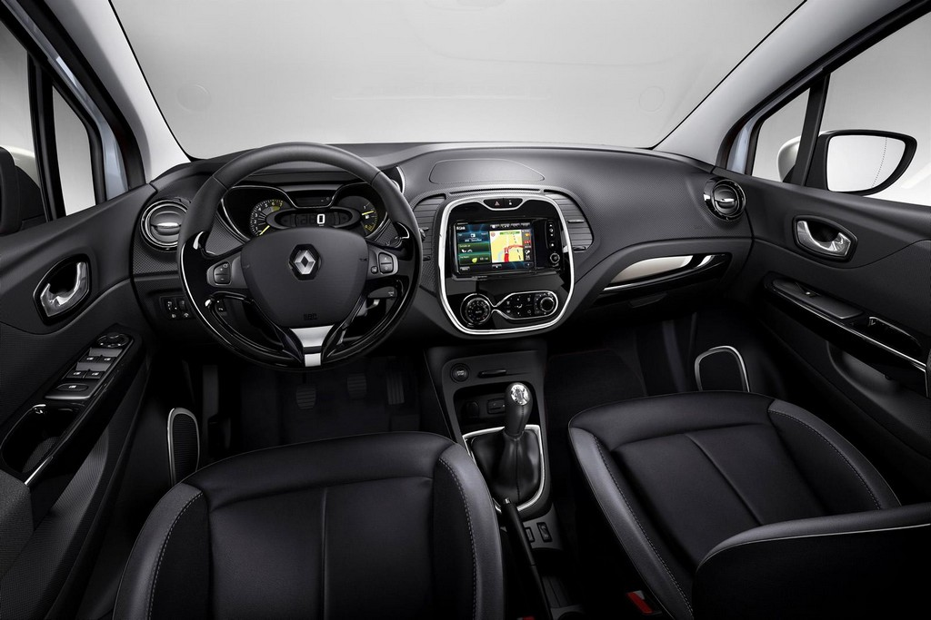 2015 Renault Captur Pure Interior Renault introduces special edition of Capture in France