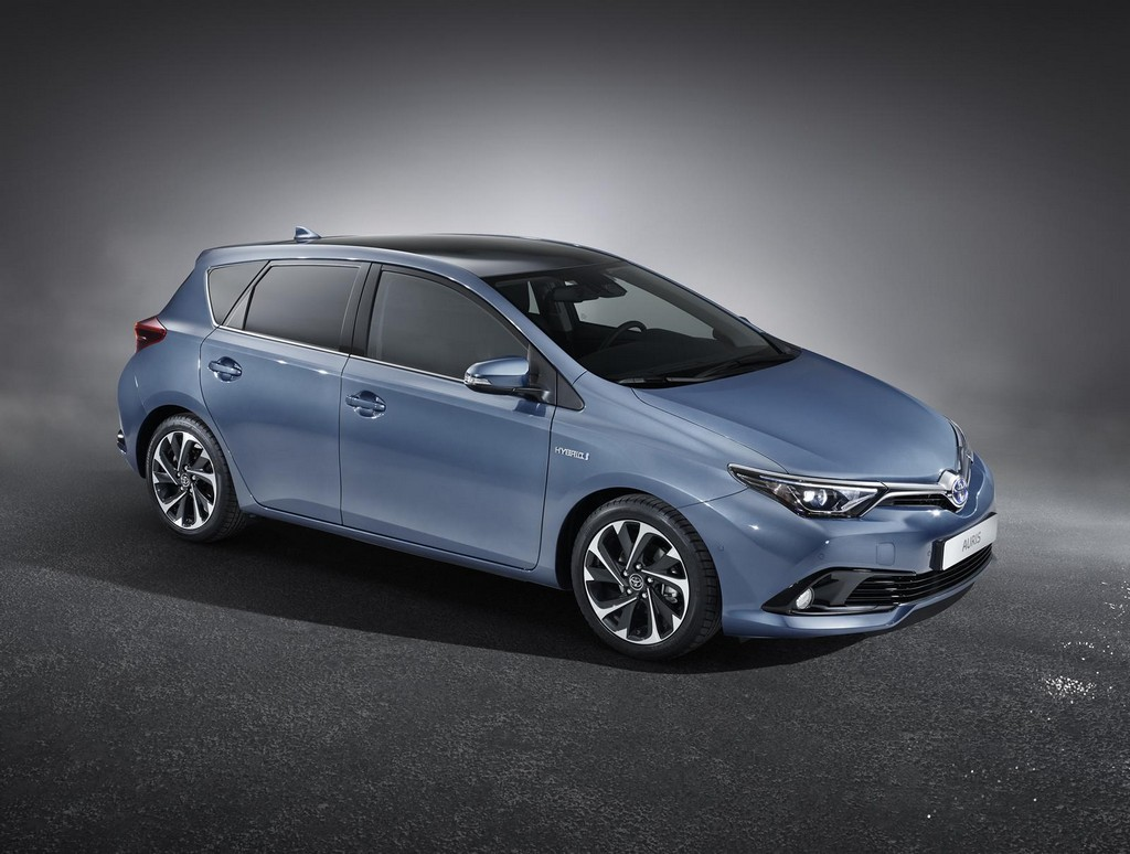 2015 Toyota Auris facelift 2015 Toyota Auris At Geneva Next Week