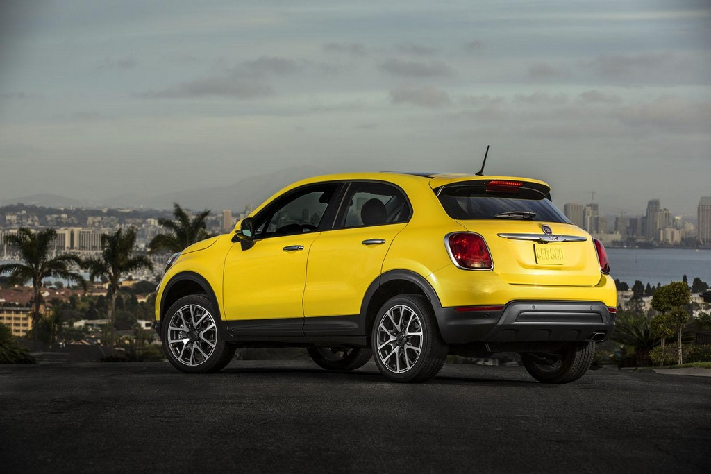 2016 Fiat 500X 10 Fiat reveals prices of the new 2016MY 500X