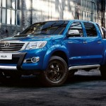2016 Toyota Hilux Invincible X (1)
