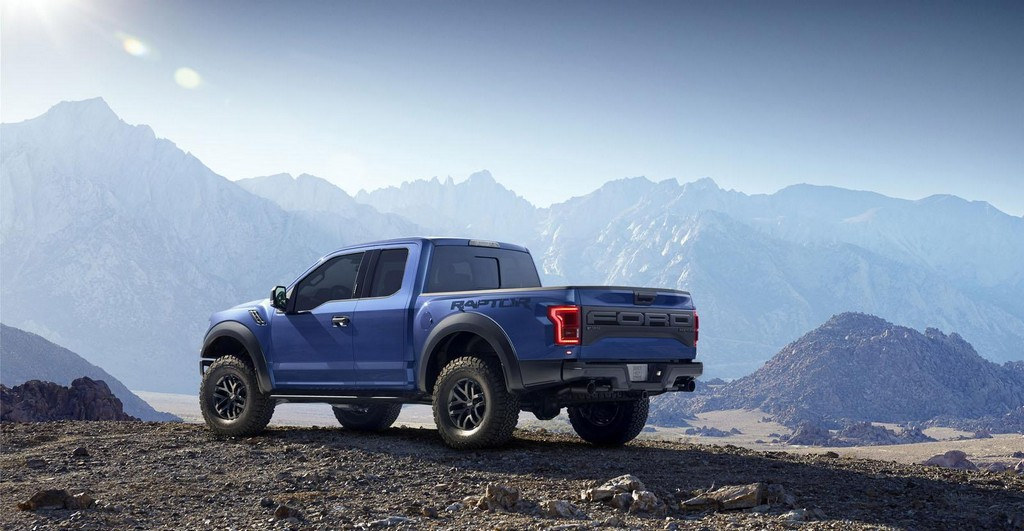 2017 Ford Raptor 5 2017 Ford Raptor now with a V6 engine