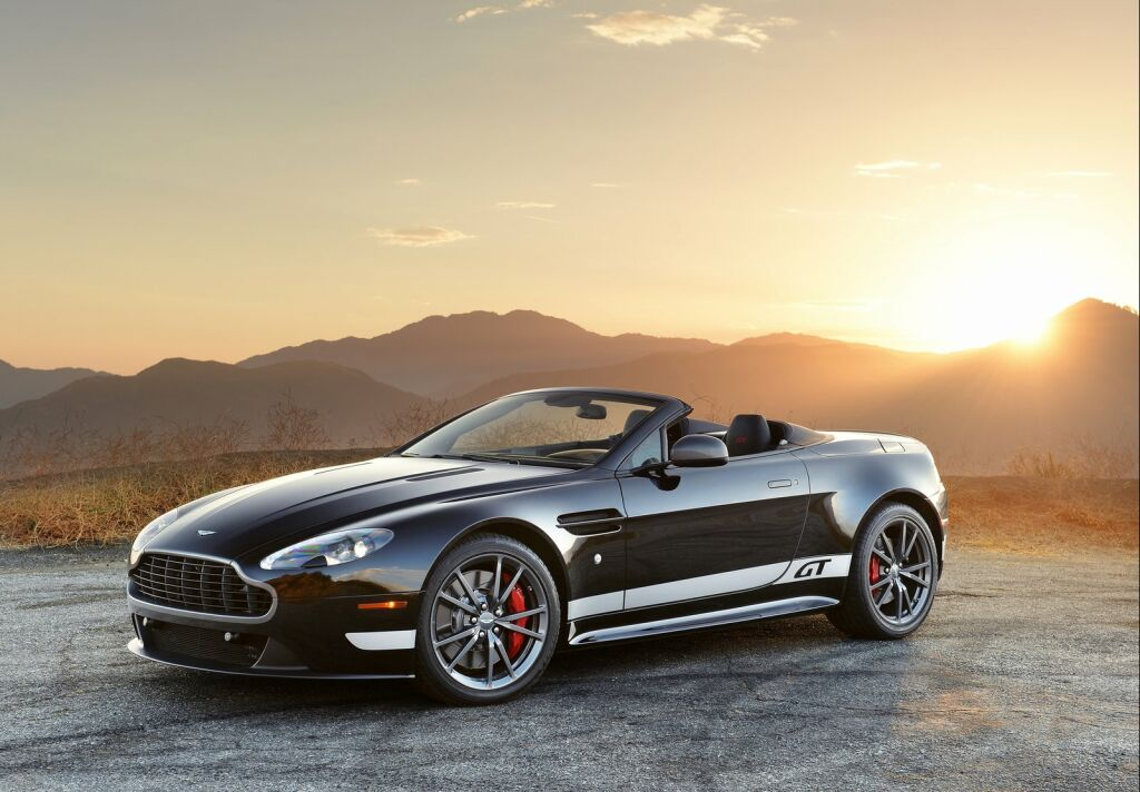 2015 aston martin vantage gt roadster details. Black Bedroom Furniture Sets. Home Design Ideas