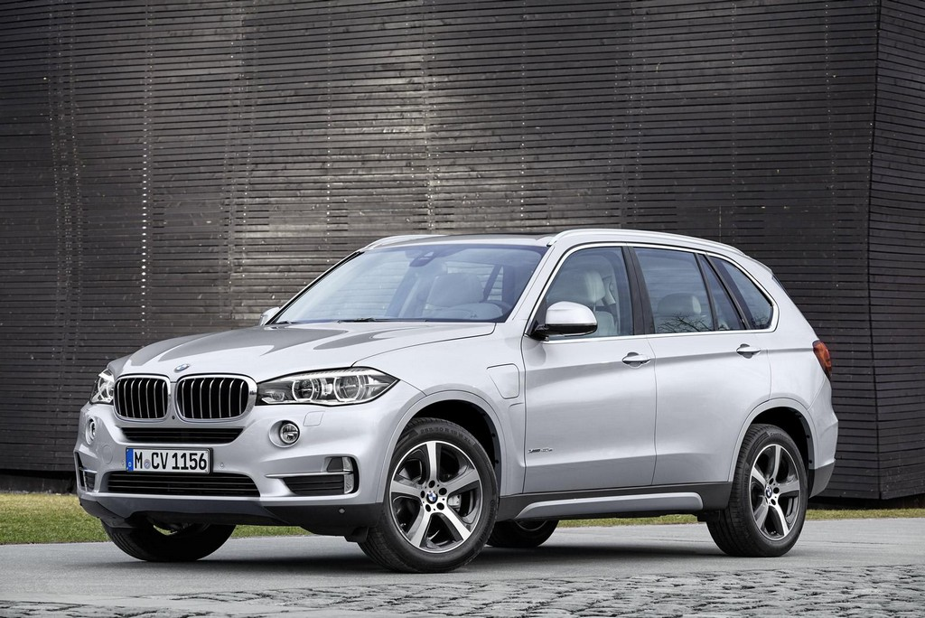 2016 BMW X5 xDrive40e 1 2016 BMW X5 xDrive40e features and details