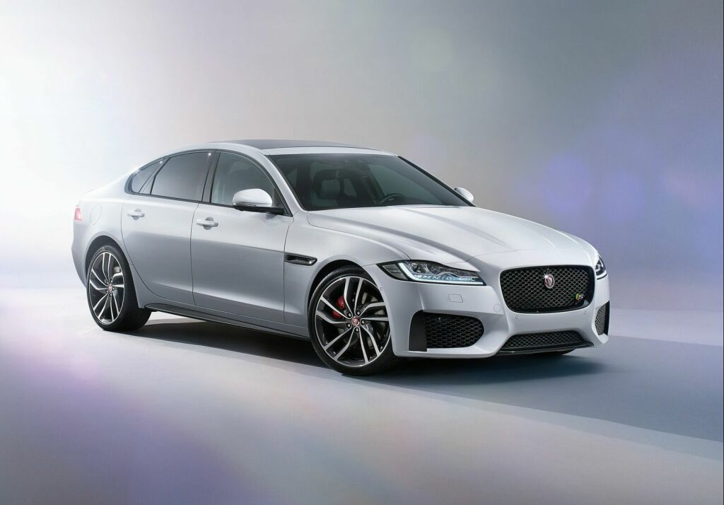 2016 Jaguar XF 1 2016 Jaguar XF Features and specs