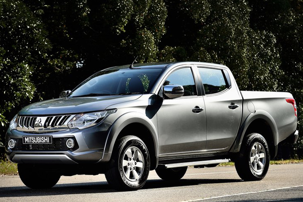 2016 Mitsubishi L200 1 2016 Mitsubishi L200 features and details