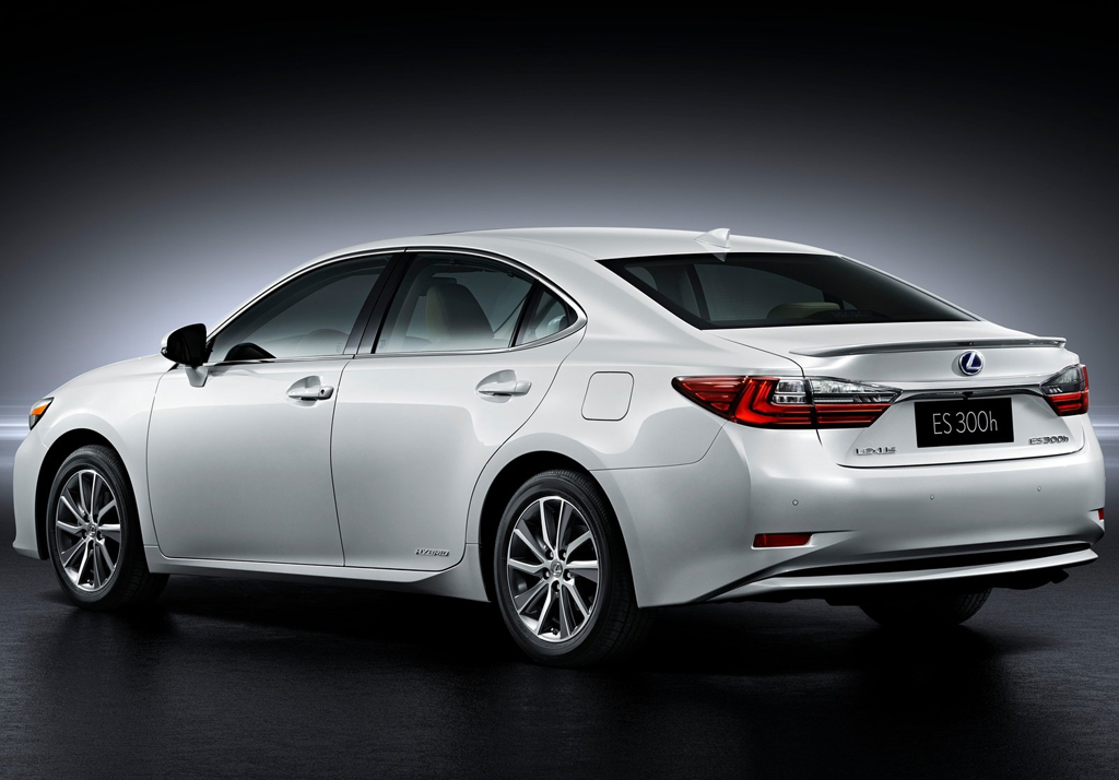 2016 Lexus ES 3 2016 Lexus ES : Features and details