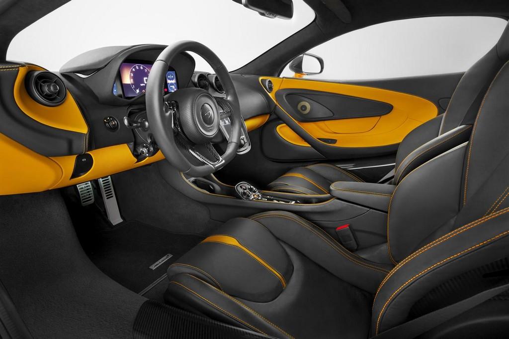 2016 McLaren 570S Coupe Interior 1 McLaren Goes Official On 2016 570S Coupe