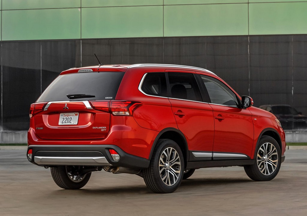 2016 Mitsubishi Outlander SUV 13 2016 Mitsubishi Outlander SUV Features and details