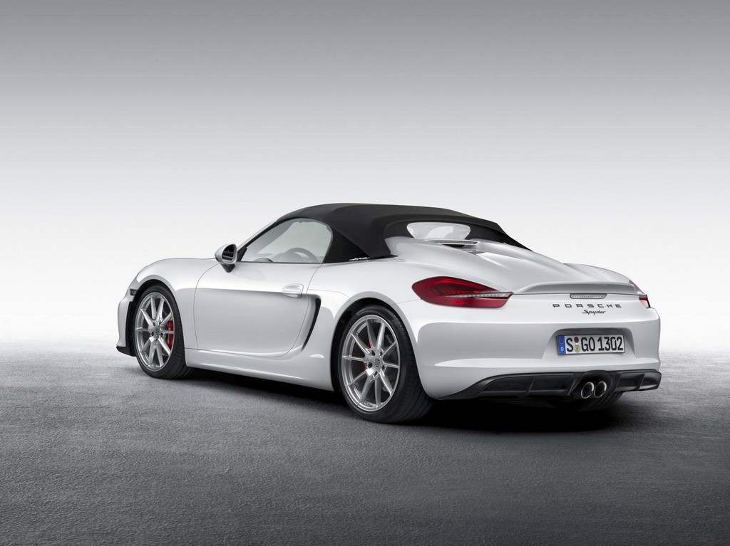 2016 Porsche Boxster Spyder 3 2015 Porsche Boxster Spyder Features and details