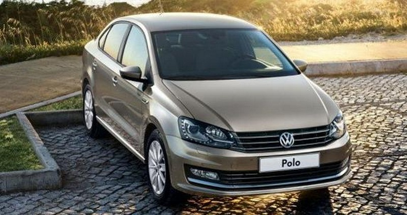 2015 Volkswagen Polo Sedan facelift 2 2015 Volkswagen Polo sedan facelift hits the market next month
