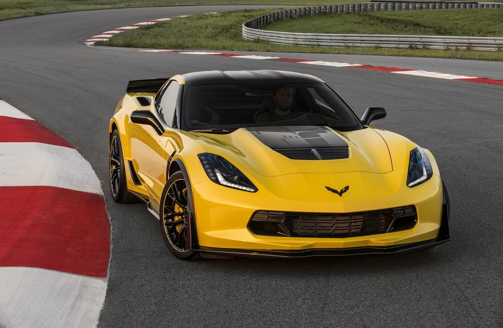 2016 Chevrolet Corvette Z06 C7.R Edition 2 2016 Chevrolet Corvette Z06 C7.R Edition Features