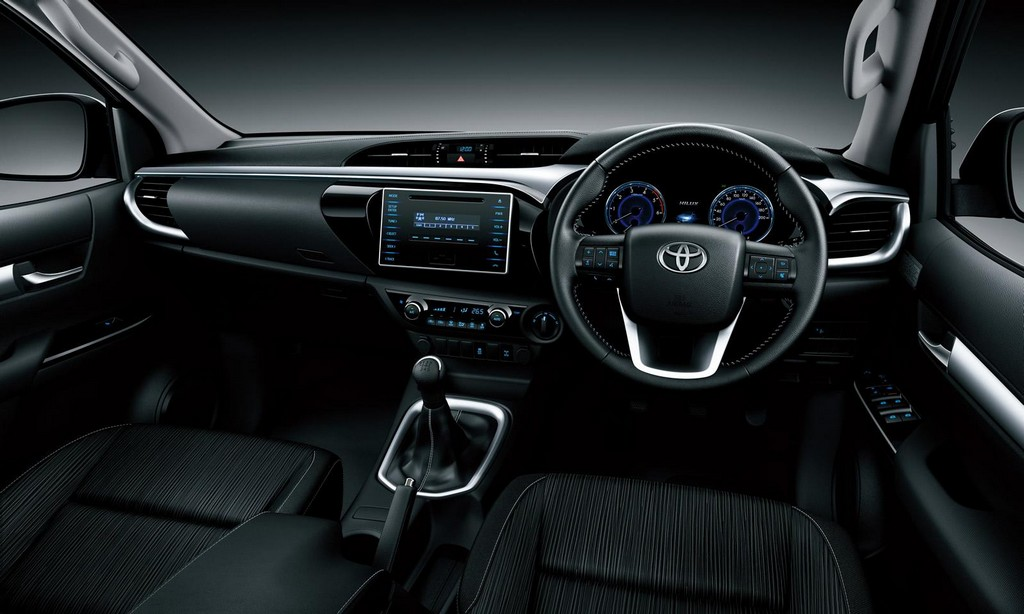 2016 Toyota Hilux Interior 2016 Toyota Hilux : Features and specs