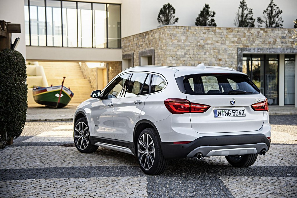 2016 BMW X1 SUV 5 2016 BMW X1 SUV Features and specs