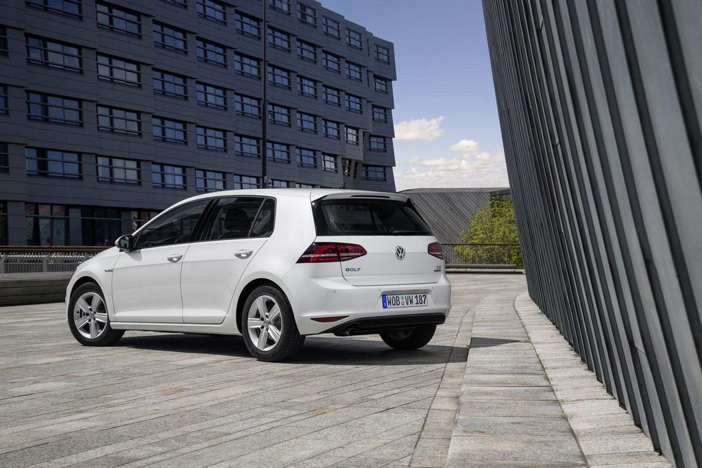 2016 Volkswagen Golf TSI BlueMotion 4 2016 Volkswagen Golf TSI BlueMotion unveiled : Features and details