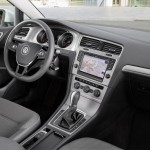 2016 Volkswagen Golf TSI BlueMotion (8)