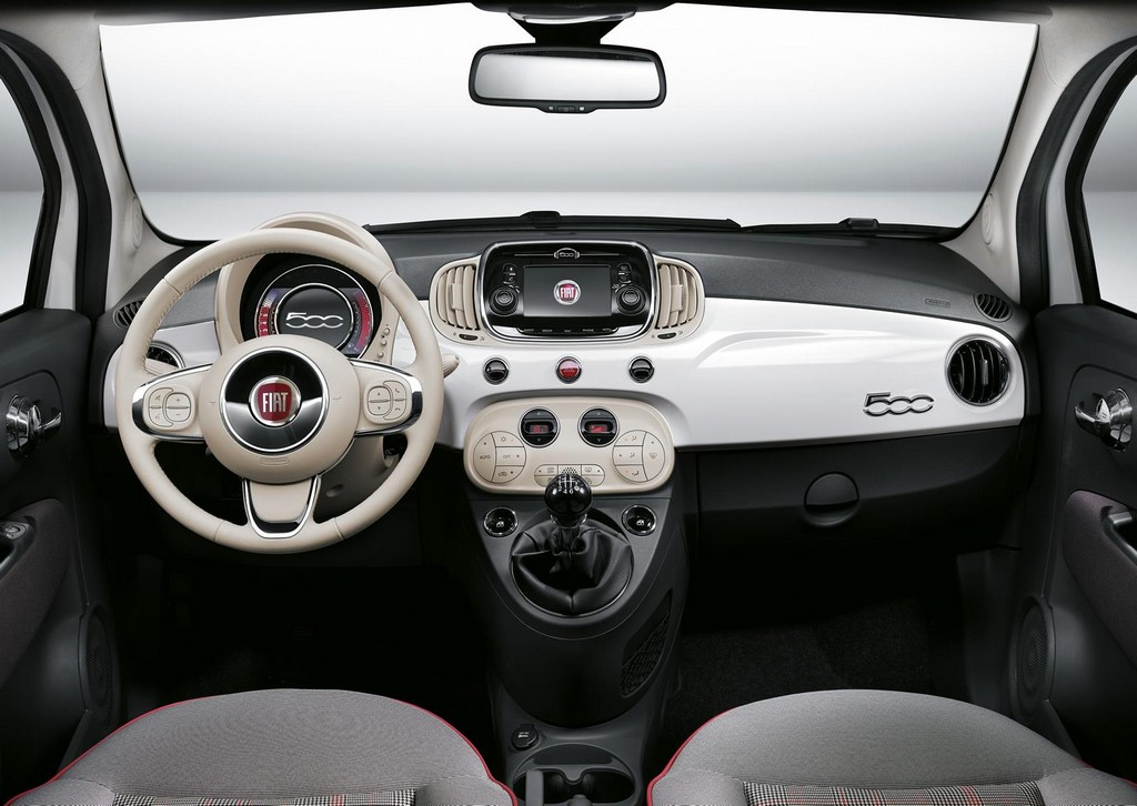 2015 Fiat 500 facelift Interior 1 2015 Fiat 500 facelift Features and details