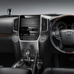 2016 Toyota Land Cruiser Interior (3)