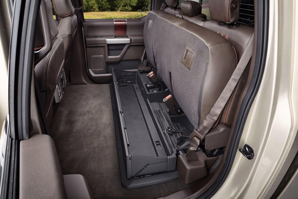 2017 ford f series super duty features and photos. Black Bedroom Furniture Sets. Home Design Ideas