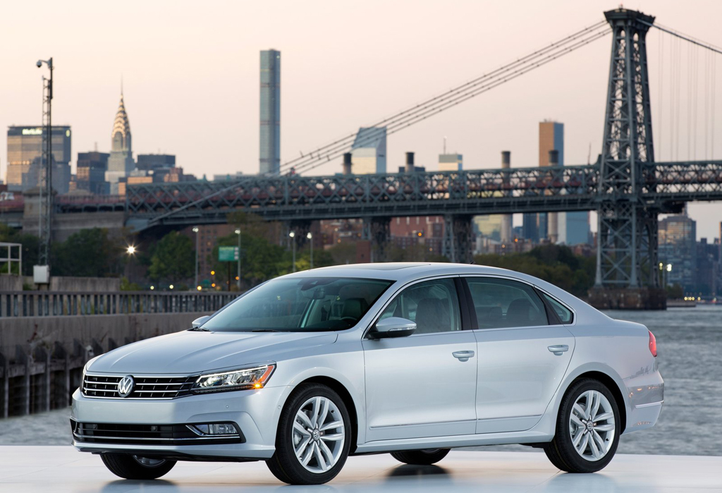 2016 Volkswagen Passat US Version 1 2016 Volkswagen Passat US Version : Features and photos