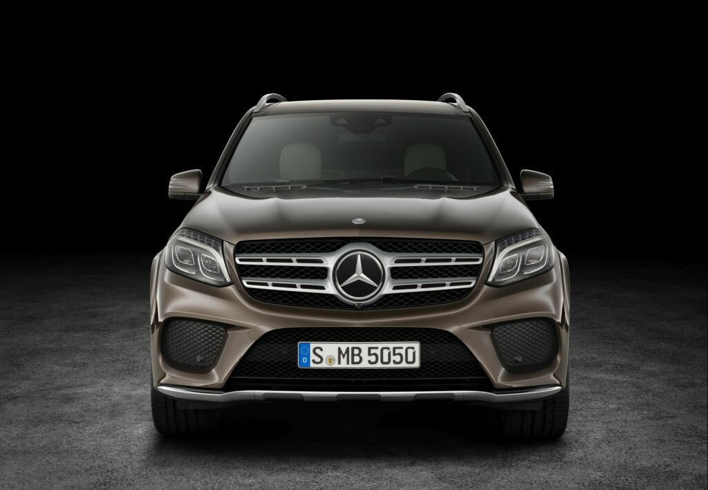 2017 mercedes benz gls suv features and details for Gls mercedes benz suv