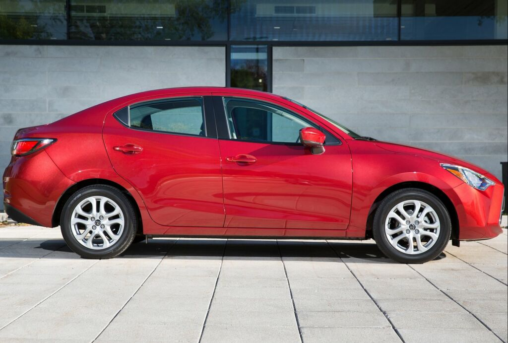 2016 Toyota Yaris Sedan 11 2016 Toyota Yaris Sedan Features and details