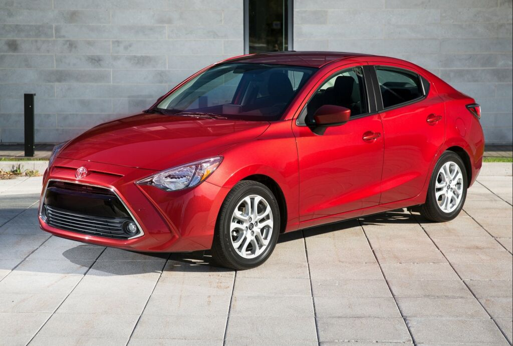 2016 Toyota Yaris Sedan 4 2016 Toyota Yaris Sedan Features and details